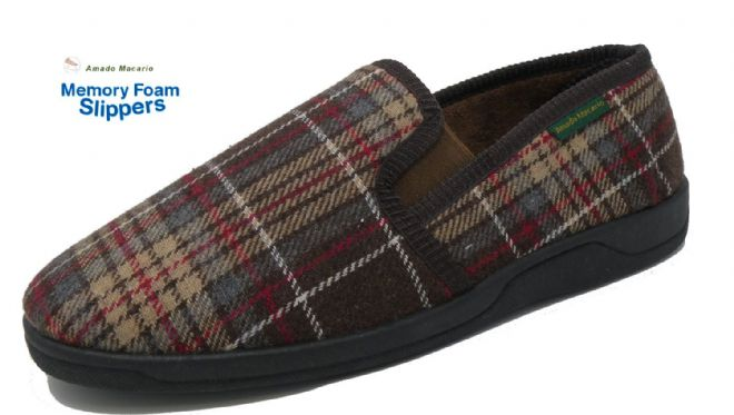 Men's Classic Check Slippers Brown